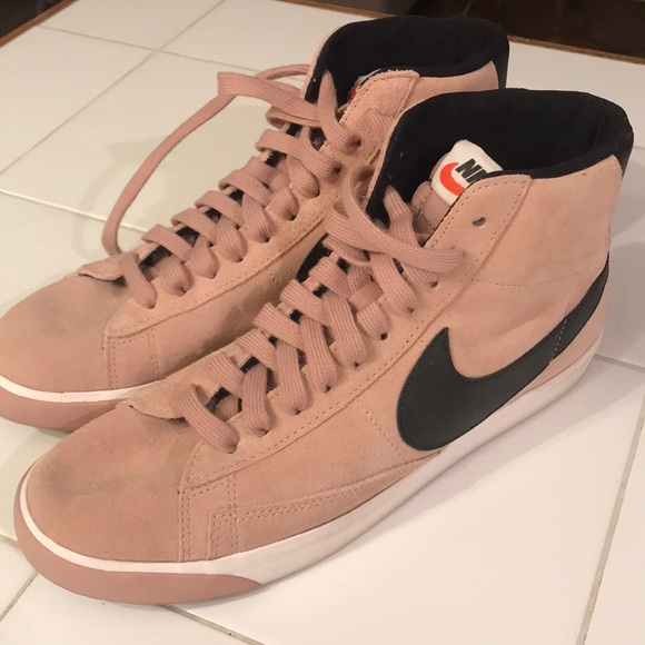 Nike Blazer Mid LTR Vintage W shoes beige red